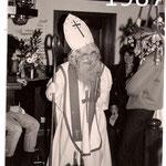 1987 ging Hermann Dirnbacher als Nikolo von Haus zu Haus.