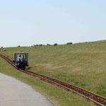 Bahn durch's Watt nach Nordstrandischmoor