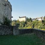 die Burg von Schadeck - gegenüber