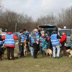 28. März: Wie jedes Jahr säubert die HundeLobby Kiel den Falckensteiner Strand.