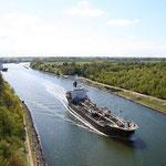 Der Nord-Ostsee-Kanal ist die meistbefahrene künstliche Wasserstraße der Welt