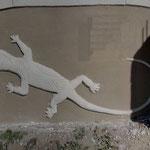 Salamandre stylisée tribal sculpté main