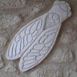 Cigale en enduit sculpté main