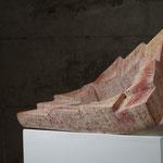 Endloskipptreppe.    Kalkstein Travertin, Iran  50x50x20cm