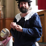 Ulrich Schollmeyer im Renaissance-Gewand (Foto: A.Rachui)