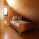 Gästehaus Ludwig | Eins von 2 Schlafzimmern mit KingSize-Bett