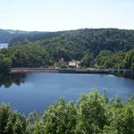 Sperrmauer vom Wasserkraftwerk Burgkhammer