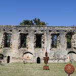 Château de Villandraut, exposition d'art contemporain