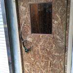入口造作ドア 外側