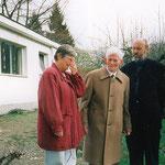 Marlies Grönwald, Heinrich Neuy und Ralph Herrmann, am Bauhaus Musterhaus in Weimar