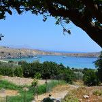 Vista della baia di Lindos, isola di Rodi