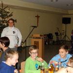 Abteilungsleiter und Jugendleiterin bedankten sich bei allen Kindern und Trainern