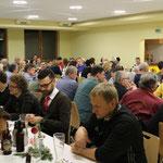 Über 100 Personen folgten der Einladung am Abend