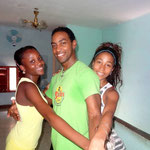 Profesores Daymara, Jekson y Lisandra de Salsabor a Cuba