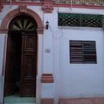 Entrada de escuela de bailes 'Salsabor a Cuba' - en local nuevo