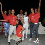 Tanzlehrer - Hinten: Daimé, Ñico, Juan Carlos & Yumirsi; Vorne: Curi, Mileydis, Chino & Daimara