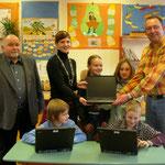 Übergabe Multimediageräte an die Grundschule