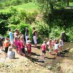 Western- Bauernspiele am Kindertag Goldwaschen