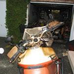 Motorrad direkt nach Brandschaden
