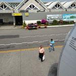LANKAWI空港!もちろん歩いて乗り降り