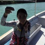 手で釣るのは初めてでした。大きい魚だったら指が痛そう・・・