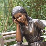 Potsdam: Bronzefigur MARTINE