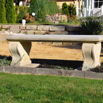 Caputh bei Potsdam: Gartenbank LYRA, Sandsteinguss