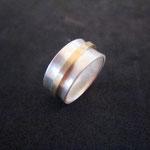 Silberring leicht konkav mit Goldring (333)