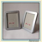 MARCO Mediano Plateado Liso / REF: MAR-022/ 15 x 20 cms./ 2 unidades / Arriendo: $ 2.000 c/u / Garantía: $ 10.000 C/u