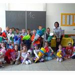 Klasse 1C mit Klassenlehrerin Frau Kaub