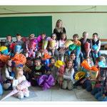 Klasse 1A mit Klassenlehrerin Frau Herrmann
