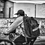 Moverse en Cochabamba con bicicleta es algo habitual para los trabajadores locales