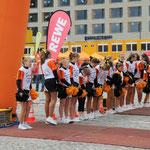 Die Cheerleader verbreiteten  gute Stimmung ...