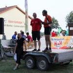 DJ Lars sorgte beim Lauf für gute Unterhaltung ...