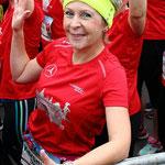 Alle 1628 Läuferinnen haben sich im Startbereich eingereiht ...