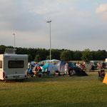 Wer will, kann hier sein Zelt aufschlagen und übernachten, am nächsten Morgen gibt's sogar frische Brötchen ...