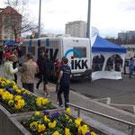 Sponsor IKK Classic ist mit einem Werbe-Mobil auch vor Ort ...