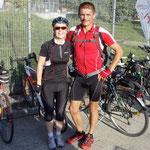 Sonntag Früh 8.30 Uhr am Fahrrad XXL ...