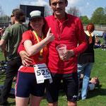 Andrea Heschel und Alexander beim Ober-Elbe-Marathon 2008 ...
