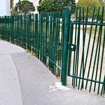 barrière verte en fer