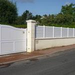 barrière blanche en PVC