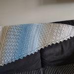 Frische Brise / Eigenkreation aus Frische Brise hin und zurück (Meine kleine Wollwerkstatt) - 4-fach Farbverlaufgarn (50% BW, 50% Polyacryl) Grösse ca. 140 x 100 cm