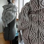 """43 - Dreieckschal """"Eleonora"""" aus Drops Merino Baby, 30° Wäsche (zweifarbiges Patent (Brioche)"""