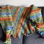 Kleine Rüschen in blaugrün / Kleine Rüschen, aus einem alten Landliebe-Heft, aus Regia-Sockenwolle 4-fach, Grösse ca. 160 x 45 cm