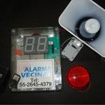 Kit de Alarma Vecinal. Panel de control, bateria de respaldo,  luz estrobo,  sirena como la de los bancos, 2 llaveros