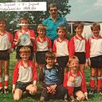 Die F1-Jugend mit Betreuer Georg Schmitt | Gruppenmeister 1989/90