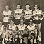 1. und 2. Mannschaft | (stehend) G. Kühnert, U. Klein, T. Strobel, R. Weide | (kniend) V. Kelleter, Chr. Fickinger, A. Schreiner, F. Russy