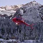 Ecureuil H125 (AS 350 B3) landet für eine Baustellenversorgung