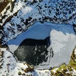 Guttannen Wannisbordsee im Dezember 2016, schwarzes Eis