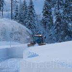 Schneefräse  KWO nach einem starken Schneefall im Einsatz